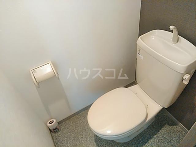 イーズ南春日丘 114号室のトイレ