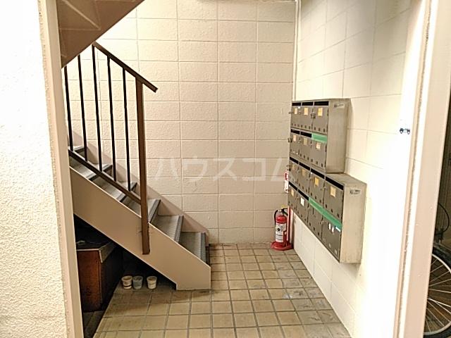 五月フレックスマンション 205号室のロビー