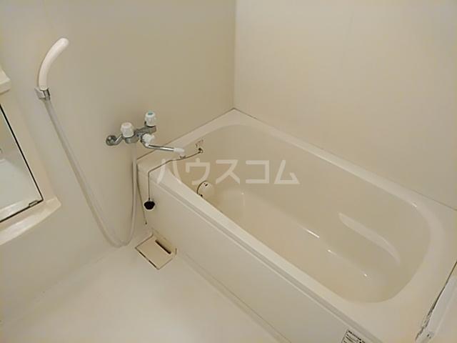 グリーンパークハイム 402号室の風呂