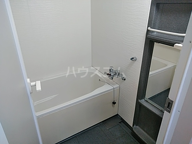 グローバルサイト茨木 206号室の風呂