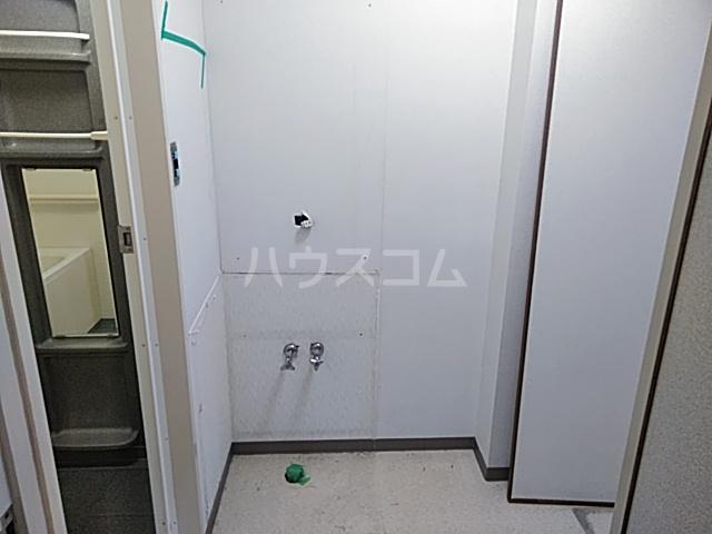 グローバルサイト茨木 206号室の洗面所