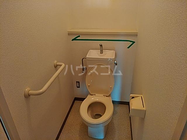 グローバルサイト茨木 206号室のトイレ