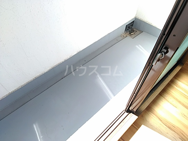 リバティハイツ 303号室のバルコニー
