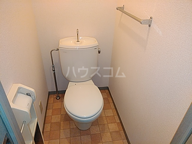 ソレーユ箕面 113号室のトイレ