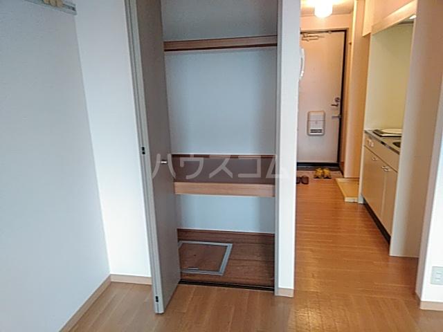 ソレーユ箕面 113号室の収納