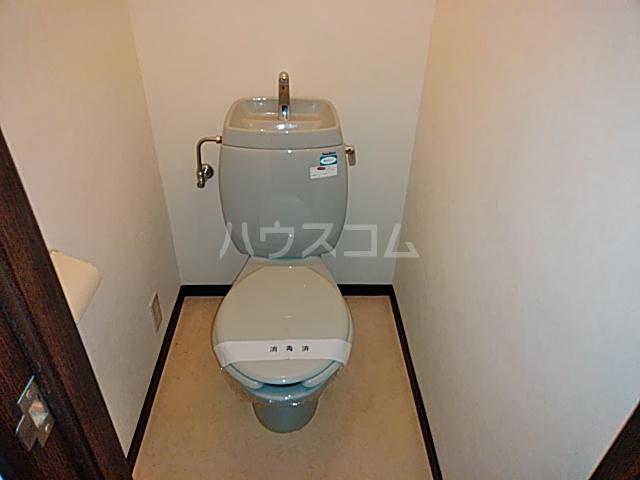 ヴィラージュみのお A307号室のトイレ