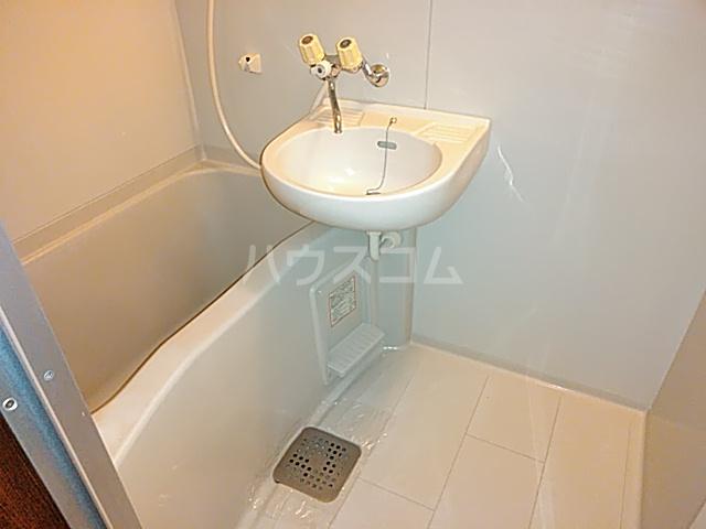 ヴィラージュみのお A307号室の風呂