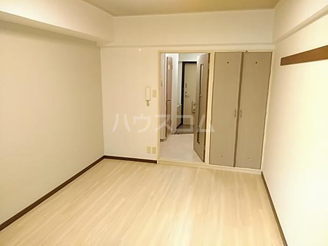 プレステージK  210号室の居室