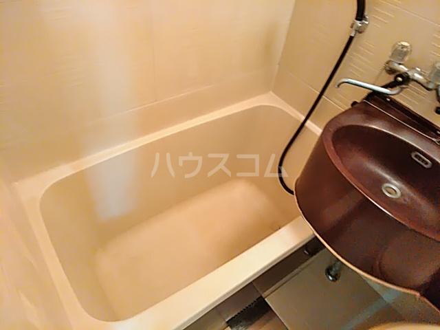 五月ハイツ 214号室の風呂