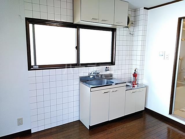 ハイツ松永 201号室のキッチン