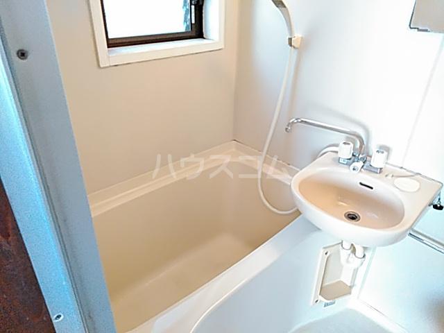 ハイツ松永 201号室の風呂