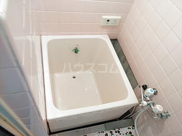 小野マンション 206号室の風呂