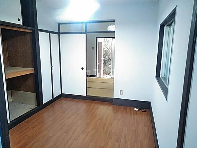 小野マンション 206号室のリビング