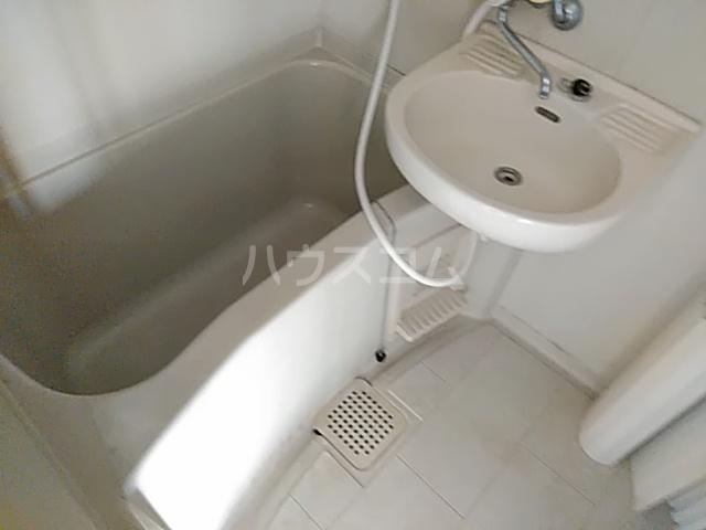 箕面エレガンス88 104号室の風呂