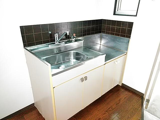 ジョイハイツ 102号室のキッチン