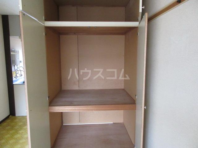 関山アパート 101号室の収納