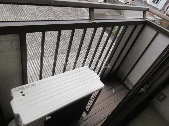 関山アパート 101号室のバルコニー