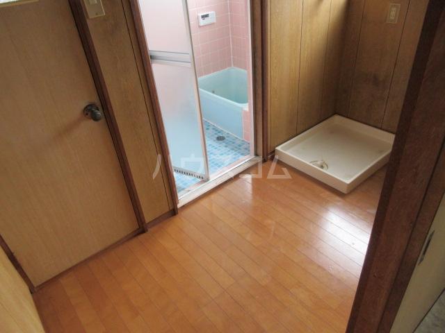 小圷住宅2の洗面所
