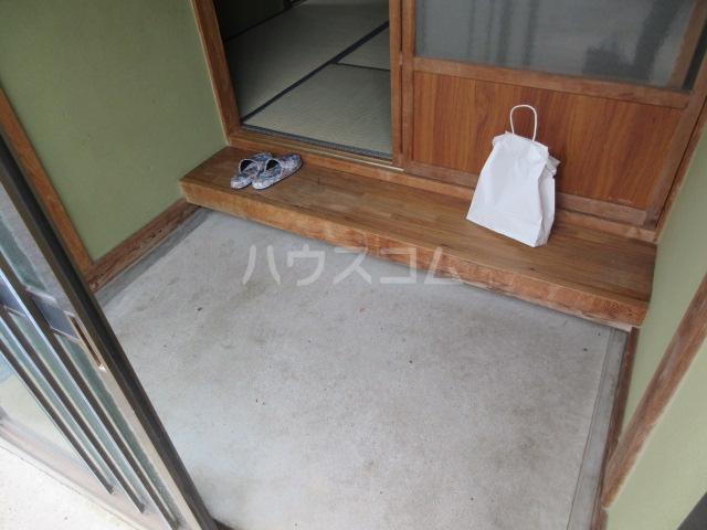 小圷住宅2の玄関