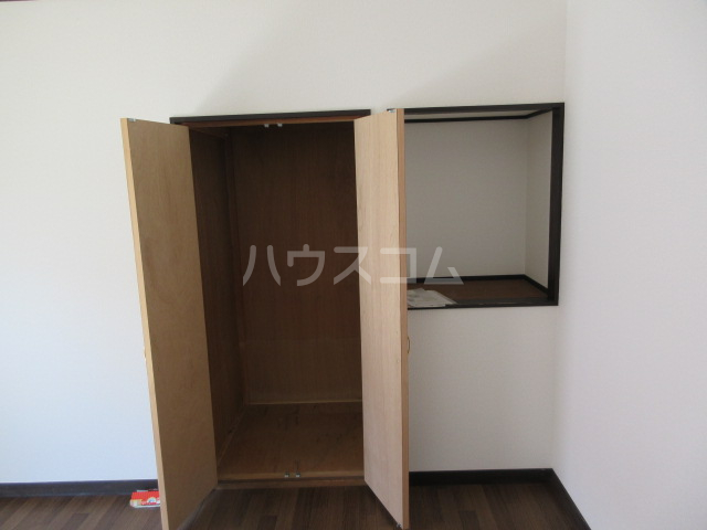 コーポルークワットA 201号室の収納