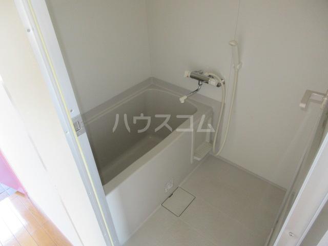 カーサU Ⅱ 103号室の風呂