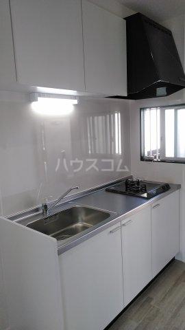 フローラハイツB 101号室のキッチン