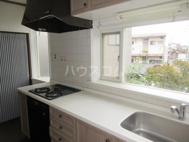 高橋アパート 1号室のキッチン