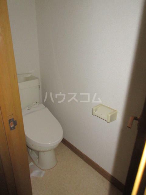 高橋アパート 1号室のトイレ