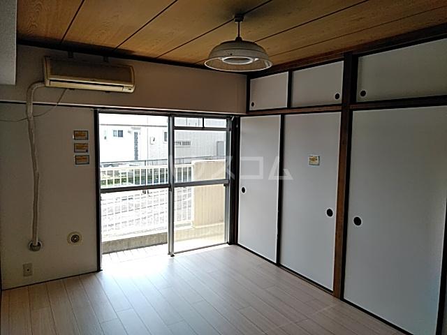 リッツガーデンⅠ 312号室の居室