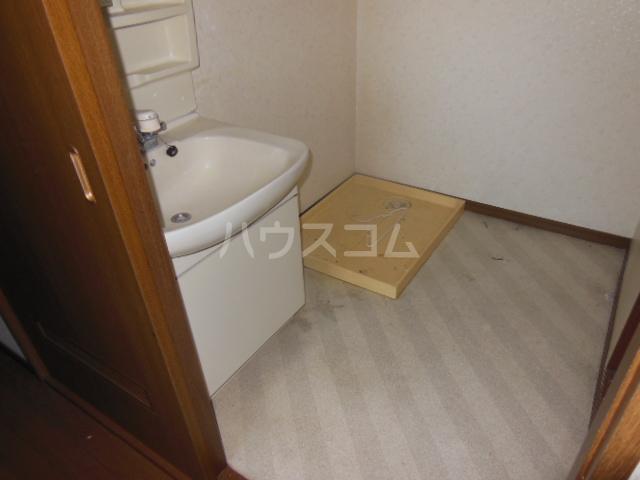 ラフォーレ クラチ 303号室の洗面所