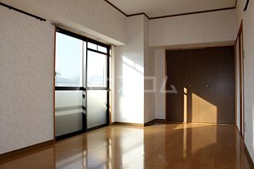 グランドハイツ石黒 307号室の居室
