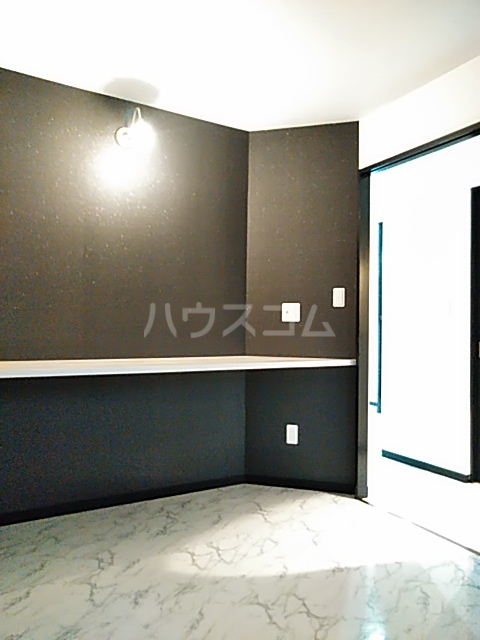 鈴木ハイツ 101号室のベッドルーム