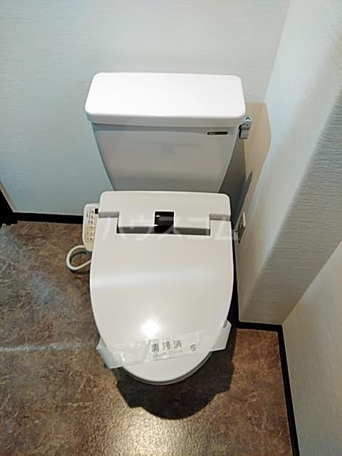 鈴木ハイツ 103号室のトイレ