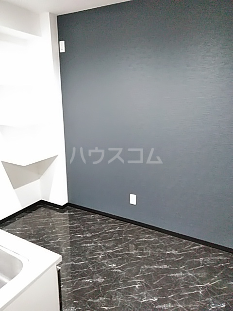 鈴木ハイツ 103号室のキッチン