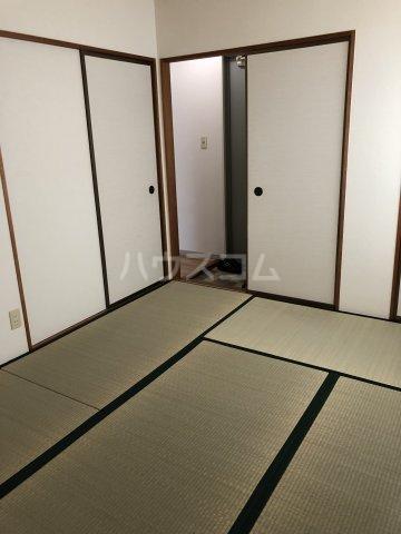 セジュール東曙 B 101号室の居室