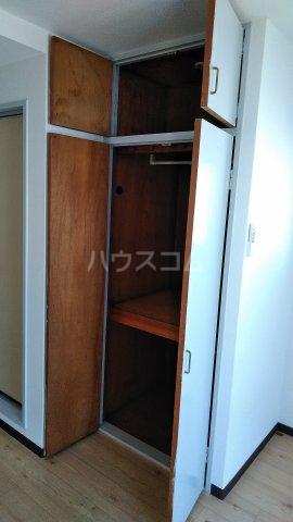 オレンジハウス 1002号室の収納
