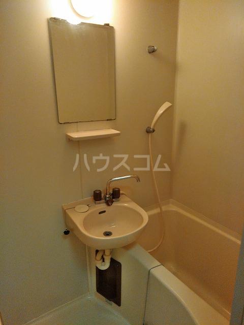 リッチモンド潤 A105号室の風呂