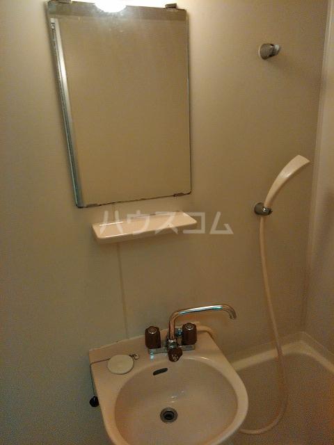リッチモンド潤 A105号室の洗面所