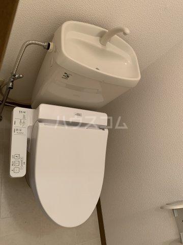シャインポート屋島 E棟 202号室のトイレ