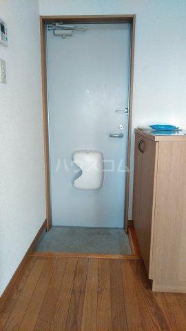 クレイドル武田 4号室の玄関