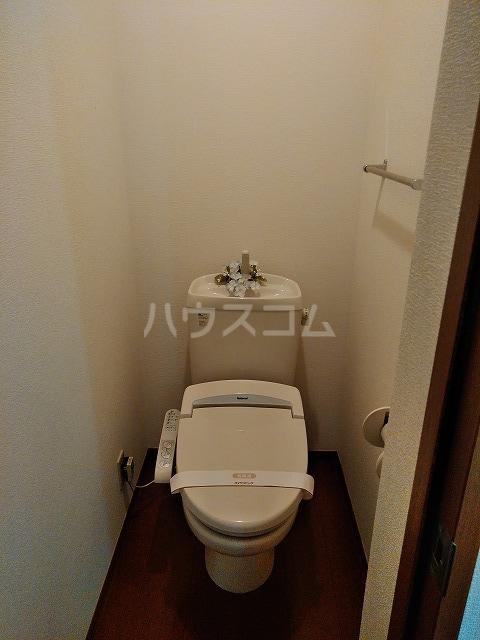 リジェール東山崎 A棟 102号室のトイレ