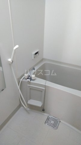 シュガー・コート 203号室の風呂