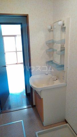 シュガー・コート 203号室の洗面所