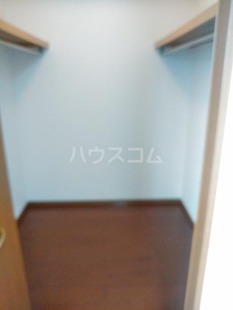 リジェール東山崎 D棟 102号室の収納