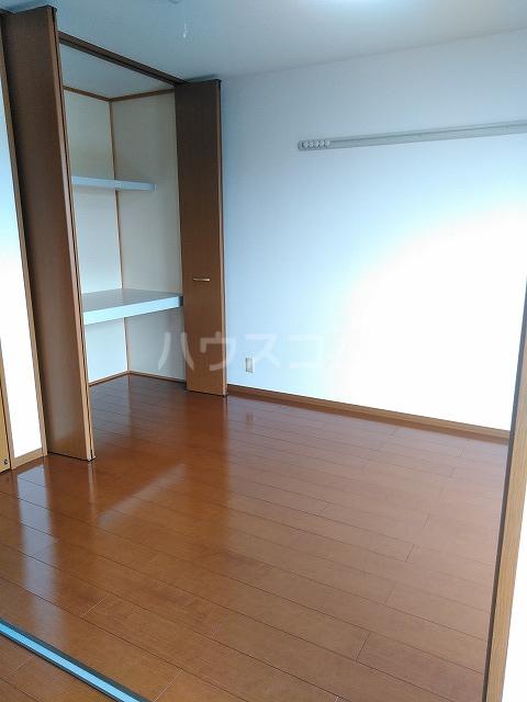 リジェール東山崎 D棟 102号室の居室
