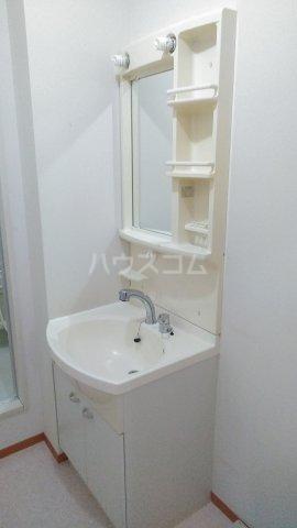 エクセレンスファミール木太 B棟 B102号室の洗面所