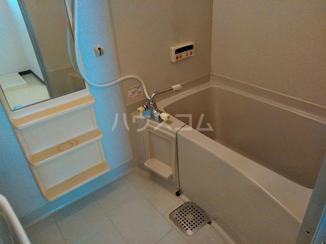サウスプラザ六条 401号室の風呂