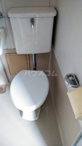 アルファ西宝町 309号室のトイレ
