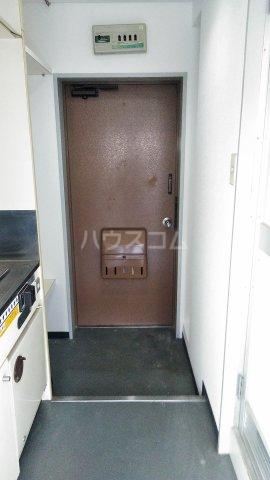 アルファ西宝町 309号室の玄関