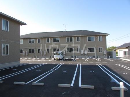 セジュール雅 A棟 105号室の駐車場